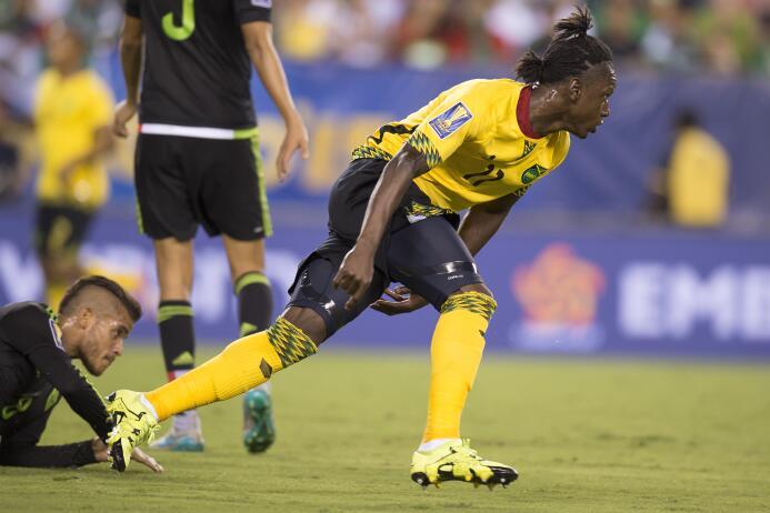El único gol de Jamaica en la final del 2015 lo marcó Darren Mattocks, q...