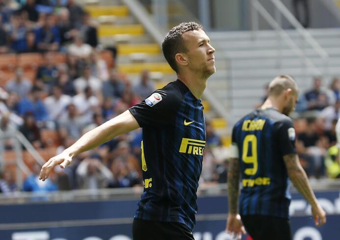 El croata Ivan Perisic, del Inter de Milán, está entre los rumores del M...