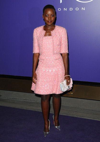 La elegancia de Chanel pasa lista dentro del clóset de esta diva con un...