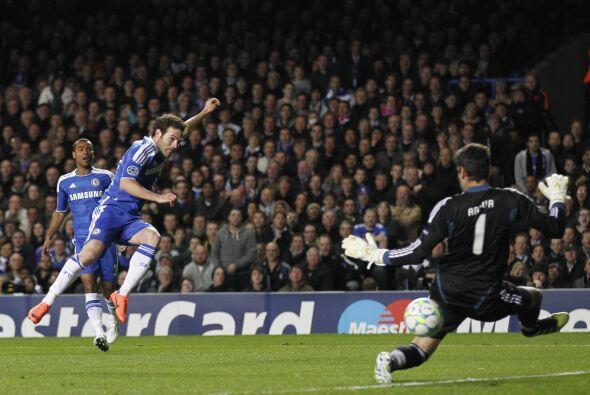 Chelsea tuvo más ocasiones de gol, pero la ventaja no aumentaba.