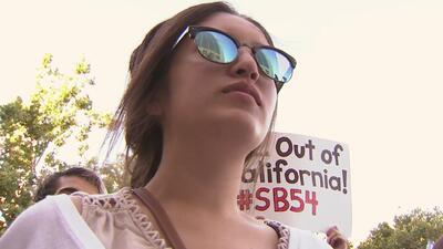 Protesta en corte federal de Sacramento por políticas migratorias del gobierno federal