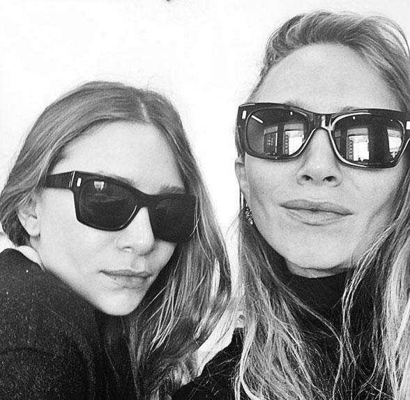 """Las gemelas Olsen debutaron en redes sociales con esta imagen, muy """"mist..."""