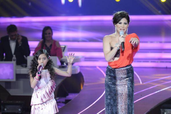 Bianca Marroquín nos mostró su gran talento musical y su potencial voz j...