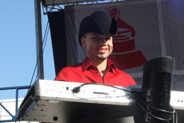 Conjunto Atardecer tocó sus éxitos al mejor estilo norteño.