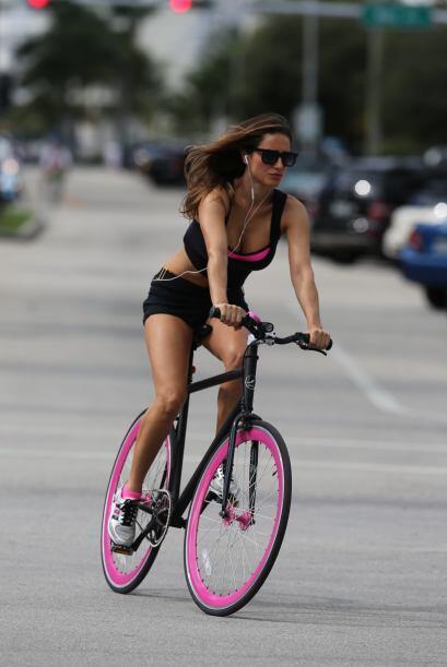 Y claro, su silueta cautivó a todos los espectadores de Miami. Mira aquí...