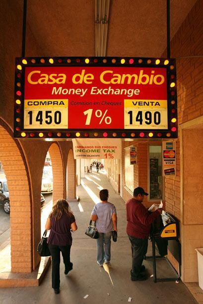 Las casas de cambio están ahí para las necesidades de la comunidad mexic...