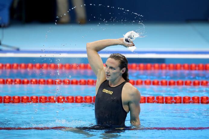 """La húngara Katinka Hosszu rompió el récord mundial (4' 26.36"""")..."""