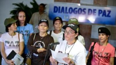 Las delegaciones del gobierno de Colombia y de la guerrilla de las FARC...
