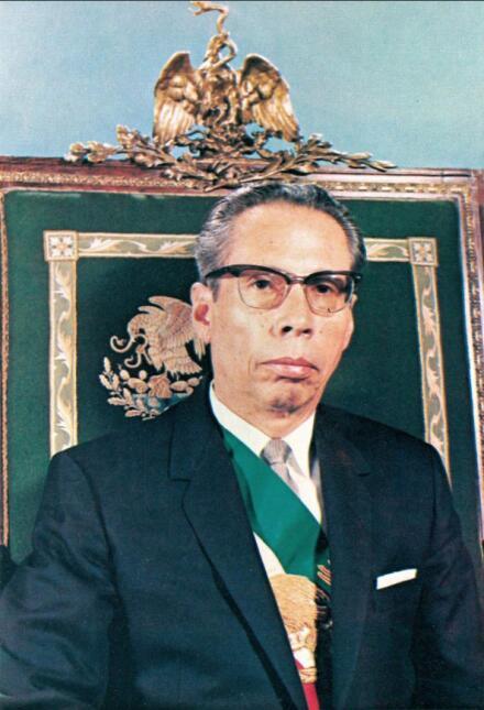 Gustavo Diaz Ordaz, presidente de México