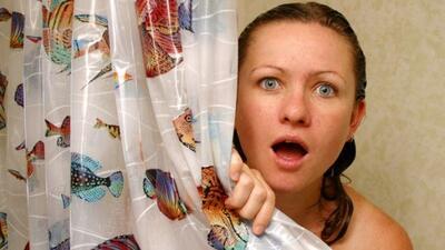 No te lleves sorpresas, estos son accidentes comunes en el baño que pued...