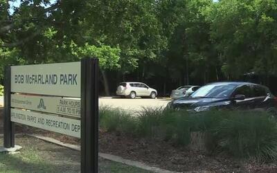 Investigan el tiroteo donde un hombre resultó herido en Arlington