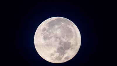 En fotos: Así iluminó el firmamento la primera superluna de 2018
