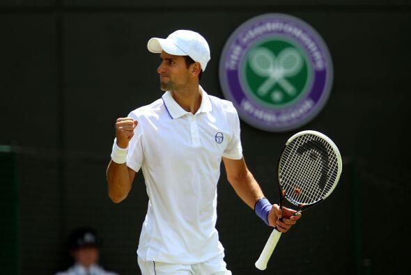 El serbio Novak Djokovic sigue arrasando en Wimbledon, ahora fue el verd...