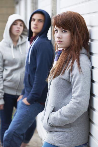 . La adolescencia es complicada porque las hormonas influencian el desar...