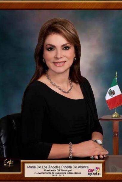 María de los Ángeles Pineda Villa, esposa del ex alcalde d...