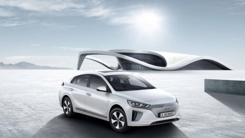 El Hyundai Ioniq.