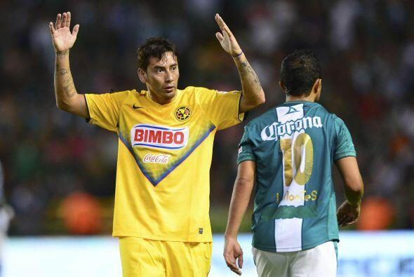 Será importante lo que puedan hacer en medio campo Carlos 'Gullit' Peña,...