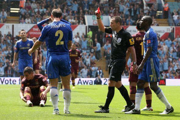 Esa ventaja no sirvió de mucho para Chelsea dos minutos más tarde cuando...