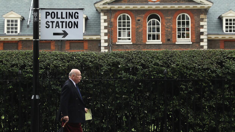 El voto en el referendo tuvo una marcada brecha entre los jóvenes...