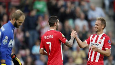 Sin Héctor Moreno y Andrés Guardado el PSV goleó 4-0 al Roda