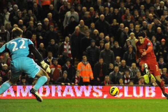 No tardaría Suárez en hacerse presente en el marcador.