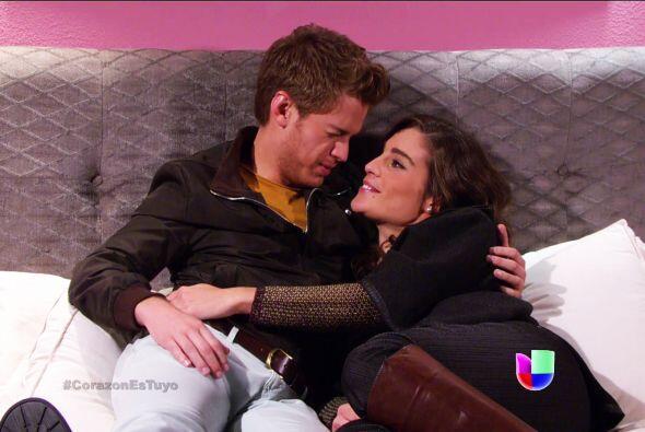 Nando decidió quedarse con Ximena y parece que nadie podrá separarlos.