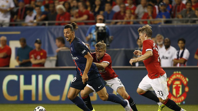 Ibrahimovic marcó un gol.