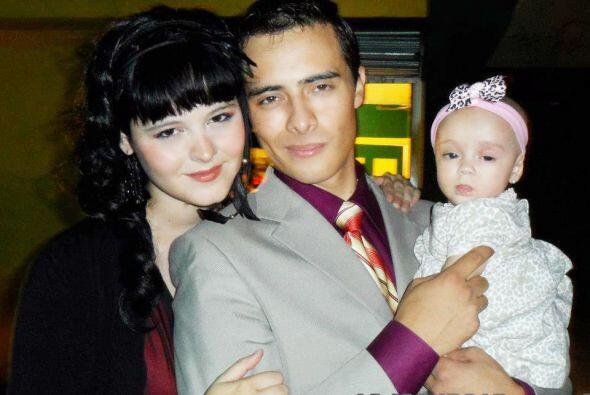 Actualmente la vemos feliz junto a su esposo y su bebé, London.