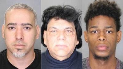 Arrestan a tres hombres acusados de usar una barbería en Long Island para vender drogas