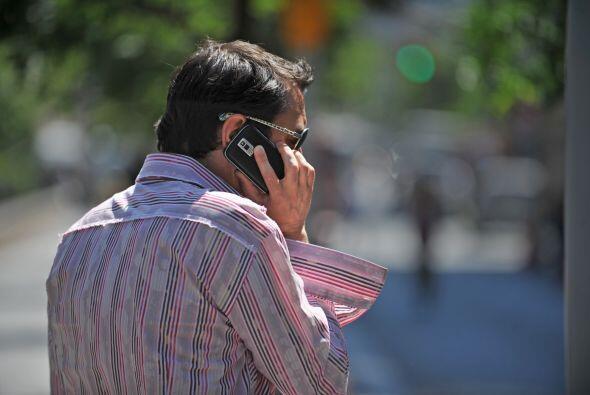 Si quieres pagar menos por tu servicio de celular, aquí la opción: un pr...