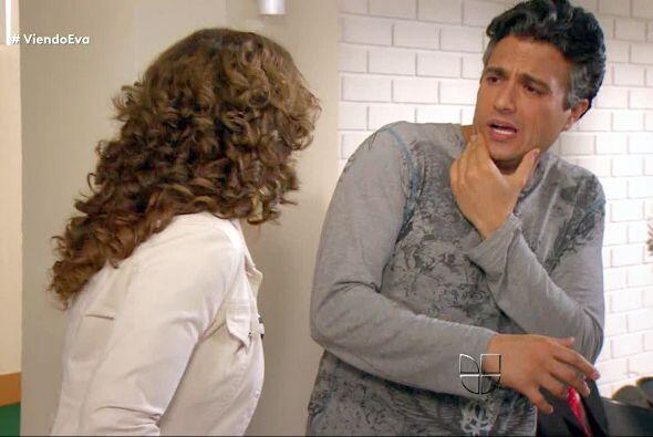 """Y terminamos con esta cachetada que con mucho coraje le dio Elena a """"Jua..."""