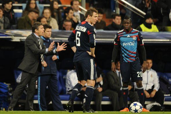 El Lyon no se daba por vencido, pero la falta de idea se veía en sus ros...