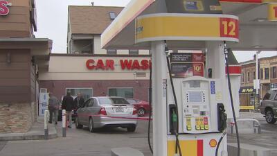 Una persona muerta y tres más heridas deja un tiroteo en una gasolinera de Chicago