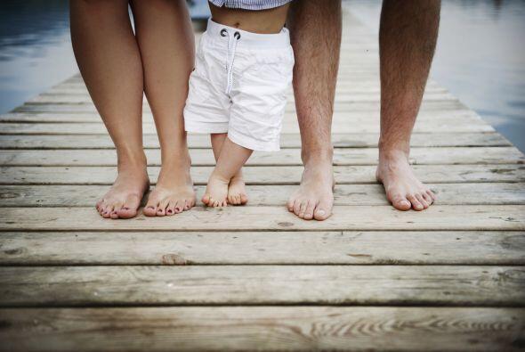 Tu pequeño parece listo para las primeras vacaciones en familia. Tú, ¿te...