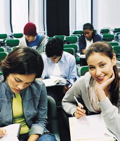 Ayuda económica para estudiar.  Al igual que los préstamos estudiantiles...