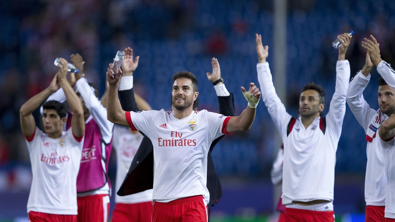 El Soporting de Lisboa acusa a las Águilas de dar regalos a los árbitros.