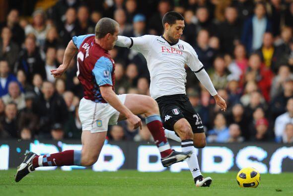 Fulham empató ante el Aston Villa 1 a 1. Clint Dempsey fue figura.