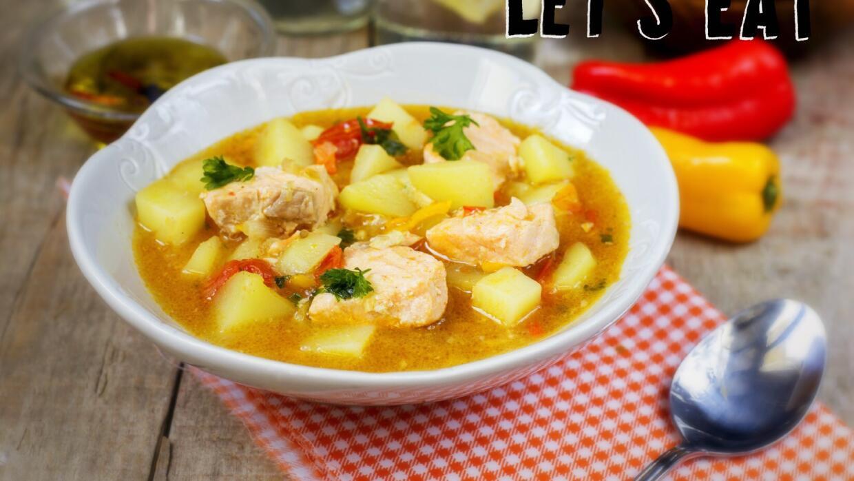 El marmitako, plato vasco, es un deleite con sabor a mar.