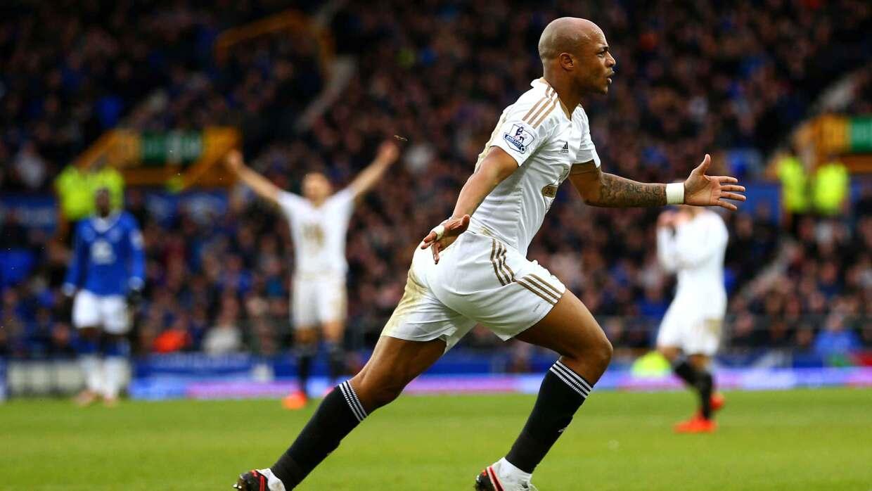 El Swansea gana en casa del Everton