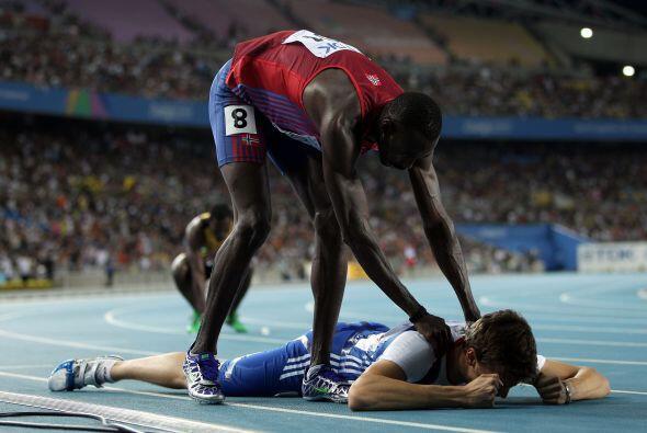 Mientras tanto, otros quedaron muy cansados y necesitaron masajes para r...