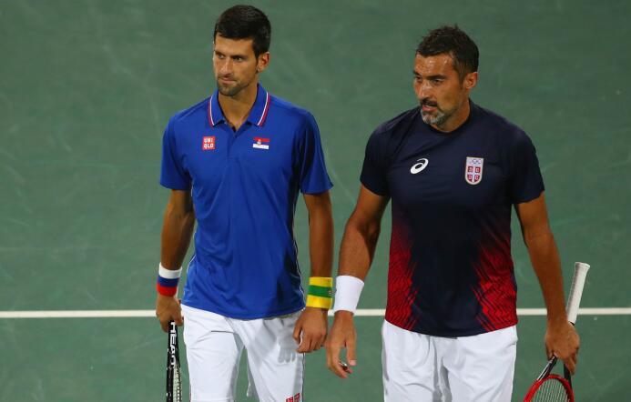 Djokovic es eliminado en dobles