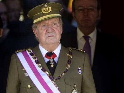 La renuncia al trono de Juan Carlos de España pone fin a casi cua...