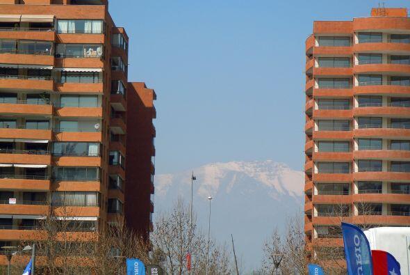 Los Andes desde la capital de Chile.