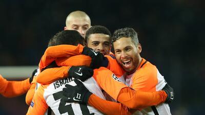Shakhtar clasifica a costa del invicto del Manchester City