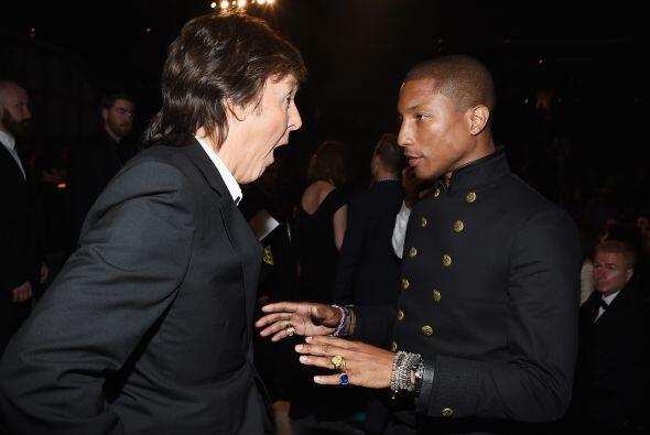 Pharrell Williams no dejó pasar la oportunidad de felicitar a Paul McCar...