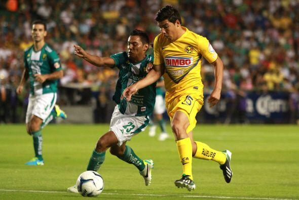 -Desde que se instauraron los torneos cortos en 1996, América y León se...