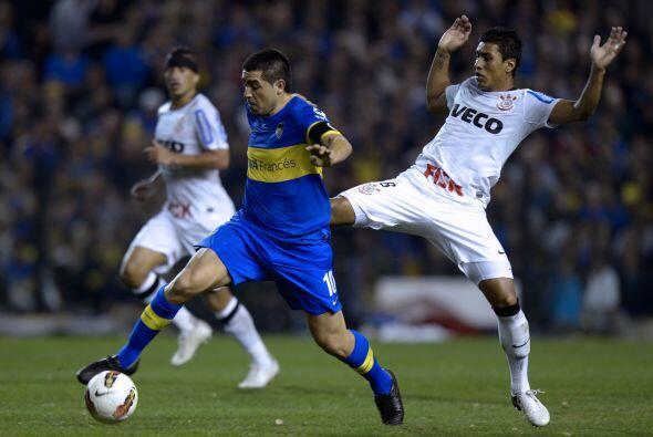 Riquelme debutaría con el Boca Juniors en 1996 estando Carlos Bilardo co...