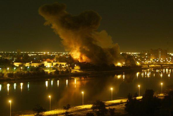 Basados en reportes mentirosos que daban cuenta de que Irak poseí...