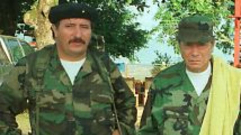 El abatido líder de las FARC 'Mono Jojoy - izquierda- fue ubicado porqu...