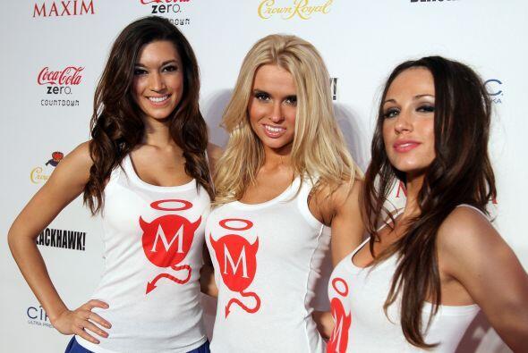 ¿Quién gana, las chicas Maxim o las Coca Cola?